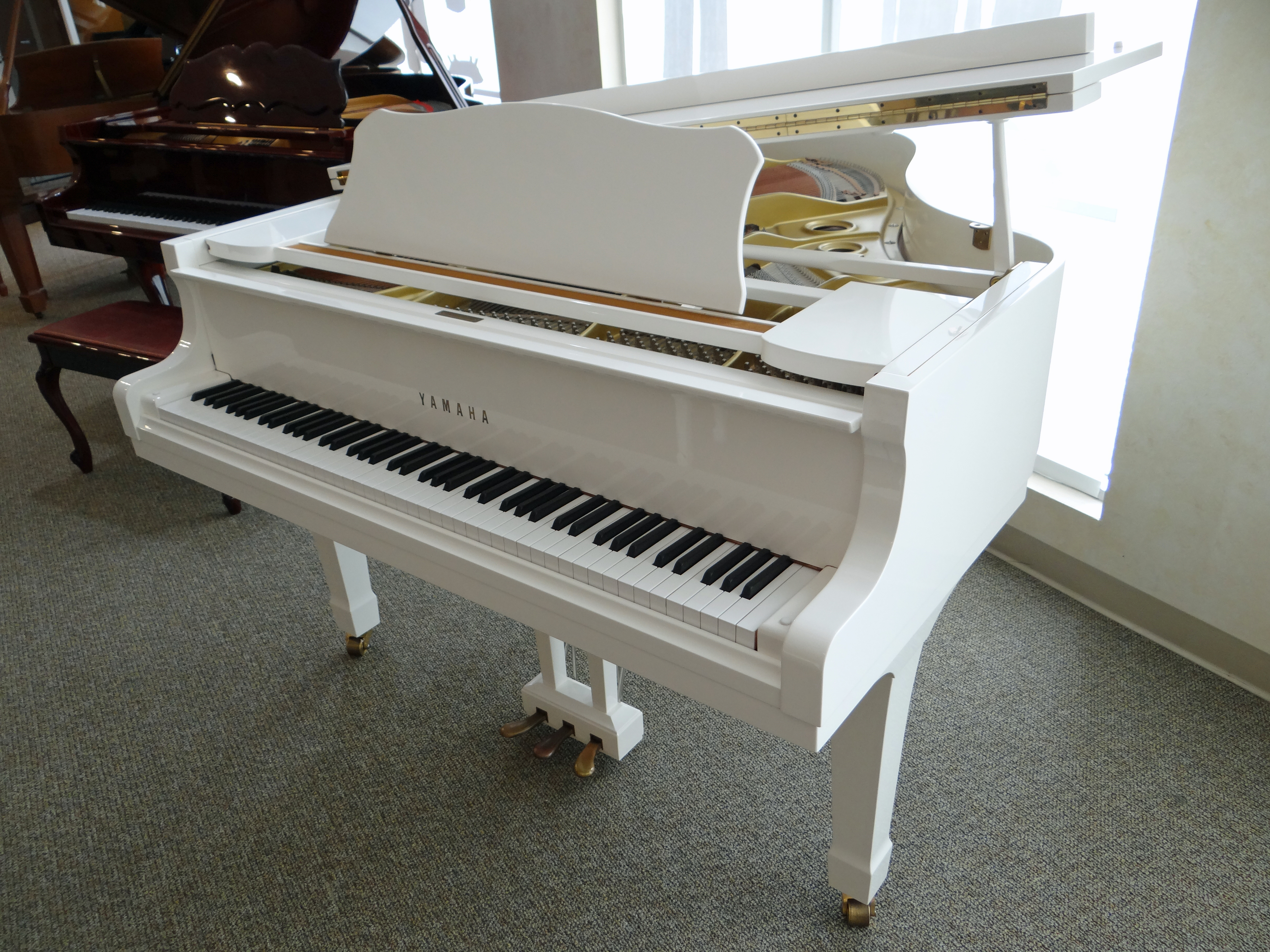 beach chic white used yamaha grand piano used piano center. Black Bedroom Furniture Sets. Home Design Ideas